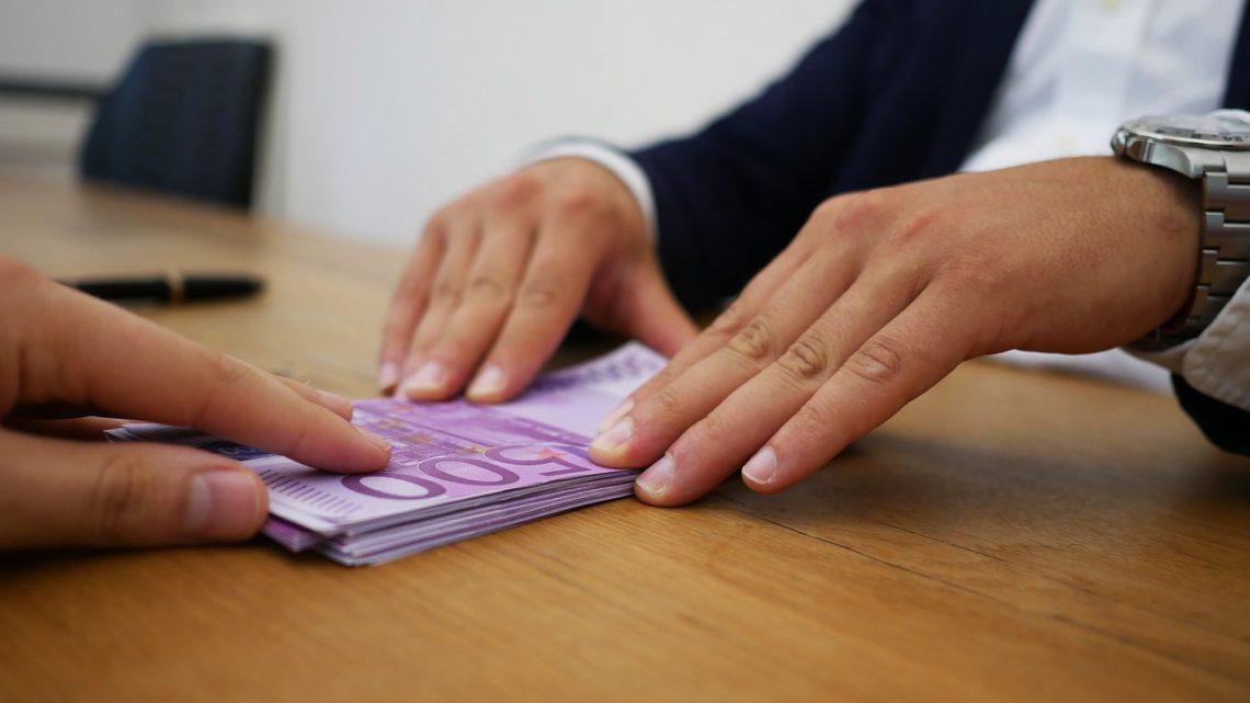 Ouvrir un compte bancaire quand on est jeune